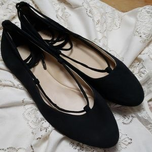 Gianni bini shoes size 9 1/2 med black suede